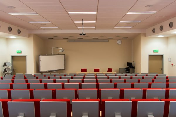 room, lecture hall, assembly hall